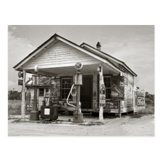 Country Filling Station, 1939 Postcard