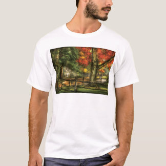 Country - On a country road T-Shirt