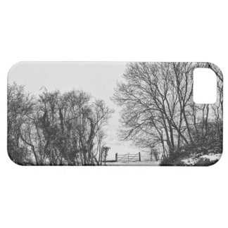 Countryside in the Snow iPhone SE/5/5s Case