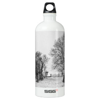 Countryside in the Snow SIGG Traveler 1.0L Water Bottle