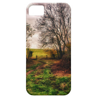 Countryside Walk iPhone SE/5/5s Case