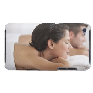 Couple at spa iPod touch Case-Mate case
