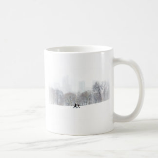 Couple in Sheep Meadow, Central Park Mugs