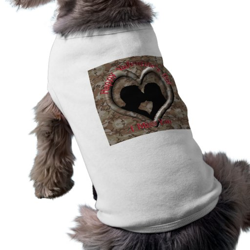 Couple Kissing - I miss you on Valentine's Day Pet Shirt
