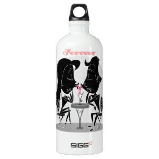Couple kissing sharing milkshake forever love aluminum water bottle