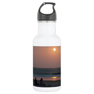 Couple on the Beach at Sunset 18oz Water Bottle