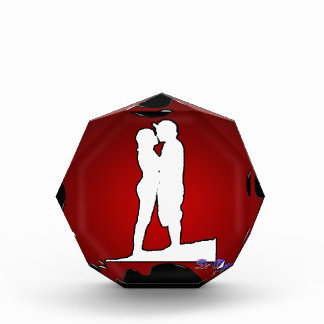 COUPLE RED BACKGROUND PRODUCTS AWARDS