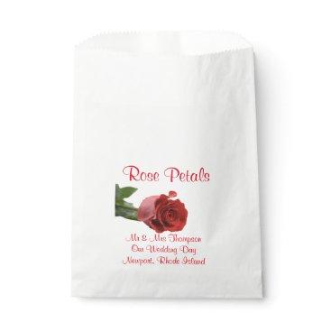 Beach Themed Couples in Love | Photo | Wedding Rose Petal Bag