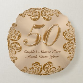 Couple's NAMES, DATE Round 50th Anniversary Pillow Round Pillow