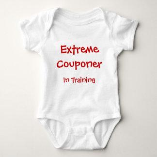 Couponer extremo en el entrenamiento tshirts