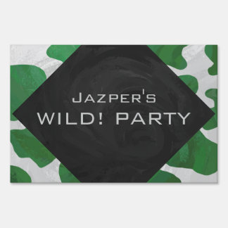 Cow Green and White Print Lawn Sign