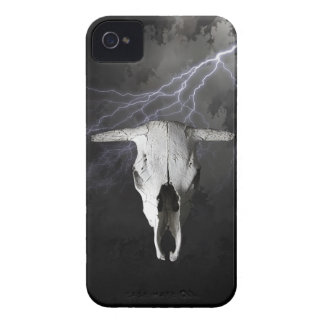 COW SKULL WITH LIGHTNING iPhone 4 CASES
