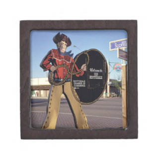 Cowboy figure sign welcoming tourists to Scottsdal Premium Jewelry Boxes