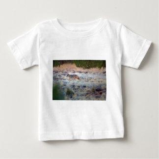 Coyote at dusk t-shirt