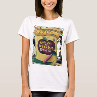 Cozy Corner Vintage Sign With Apple and Old Time P T-Shirt