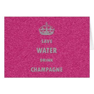 Cr femenino fresco hermoso del champán de la bebid tarjeta de felicitación