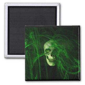 Cr�ne in the green fum�e - 2 inch square magnet
