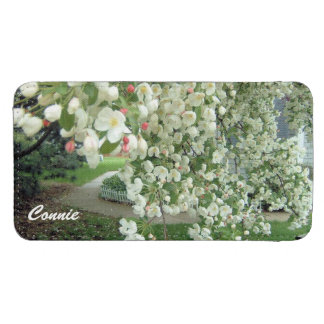 Crabapple Tree in Bloom White/Pink Floral Pattern Galaxy S4 Pouch