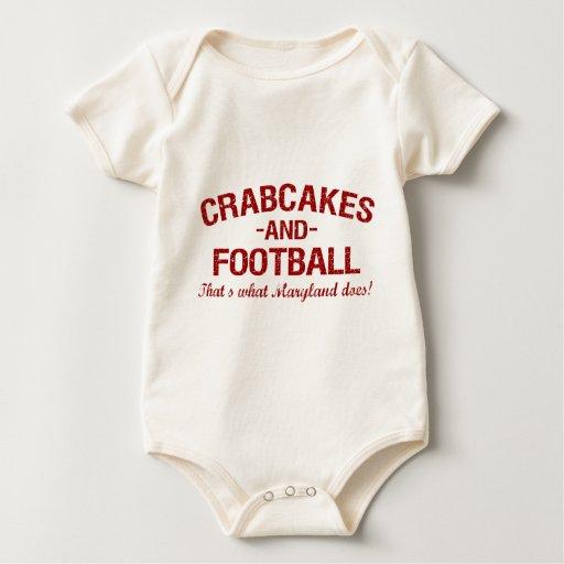 Crabcakes y fútbol traje de bebé