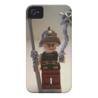 """Cracalla el gladiador"" Minifigure de encargo iPhone 4 Cárcasa"