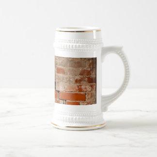 Cracked brick wall beer stein