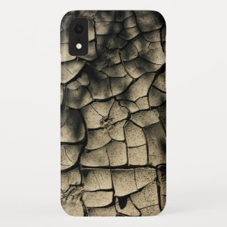 cracked earth Case-Mate iPhone case