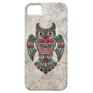 Cracked Red and Black Haida Spirit Owl iPhone 5 Covers