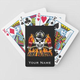 Cráneo 2 del bombero y hachas llameantes baraja cartas de poker