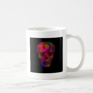 Cráneo abstracto coloreado oscuridad taza