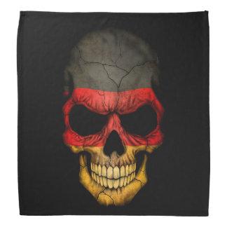 Cráneo alemán de la bandera en negro bandanas