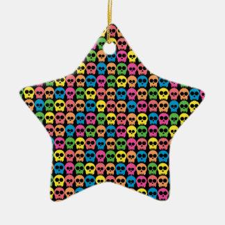Cráneo amistoso adorno navideño de cerámica en forma de estrella