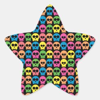 Cráneo amistoso pegatina en forma de estrella