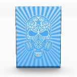 Cráneo apocalíptico del azúcar del poste, azul cla