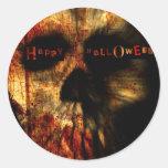 Cráneo asustadizo de Halloween Etiqueta Redonda