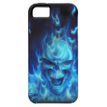 Cráneo azul del fuego iPhone 5 Case-Mate cobertura