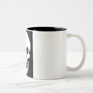 cráneo blanco taza de café