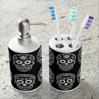 Cráneo blanco y negro del azúcar accesorios de baño