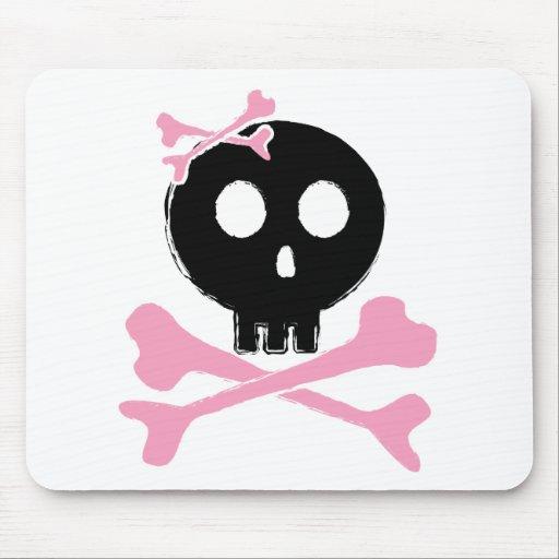Cráneo bosquejado del caramelo en negro alfombrillas de raton