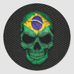 Cráneo brasileño de la bandera en el gráfico de ac pegatina redonda