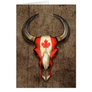 Cráneo canadiense de Bull de la bandera en el efec Tarjeton