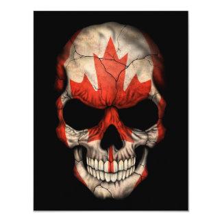 Cráneo canadiense de la bandera en negro anuncio personalizado