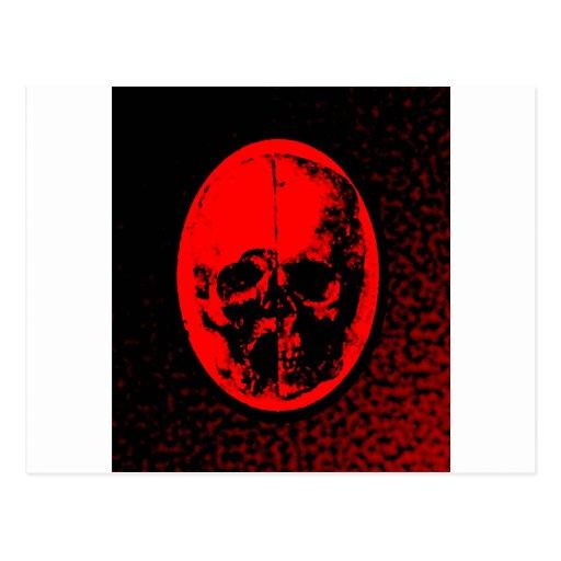 Cráneo carmesí espeluznante postal