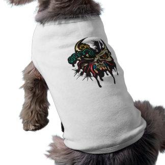 Cráneo cibernético con los cuernos playera sin mangas para perro