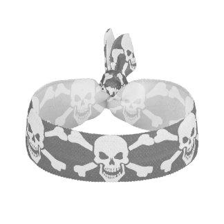 Cráneo clásico de la bandera pirata del pirata banda para cabello