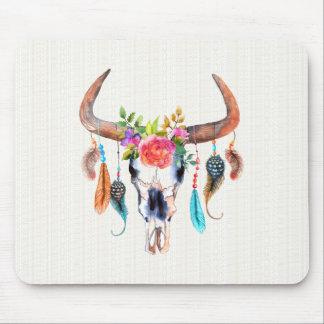 Cráneo colorido del bisonte de la acuarela con los tapete de ratón