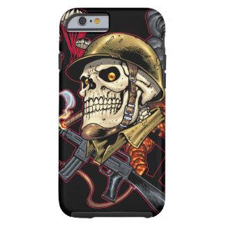 Cráneo con el casco, los aeroplanos y las bombas funda para iPhone 6 tough