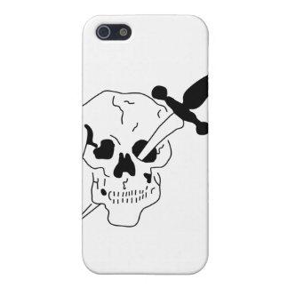 cráneo con la espada iPhone 5 protector