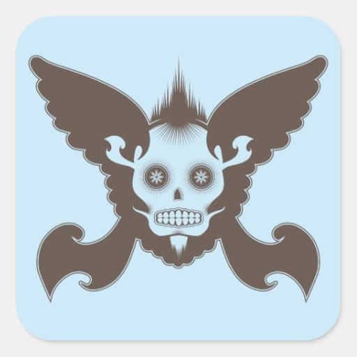 Cráneo con las alas pegatina cuadrada
