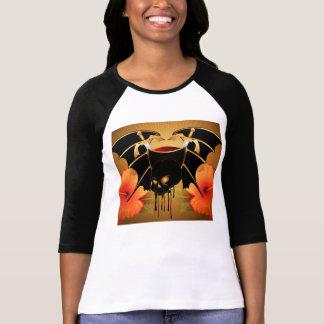 Cráneo con las alas camiseta