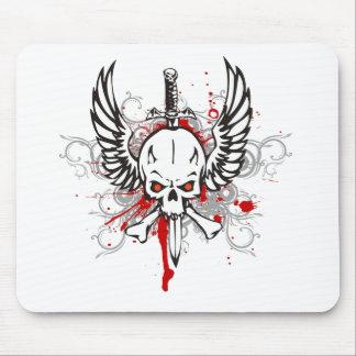 Cráneo con las alas tapetes de ratón